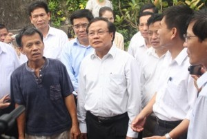 Hanoi Party Secretary apologizes to Duong Lam villagers