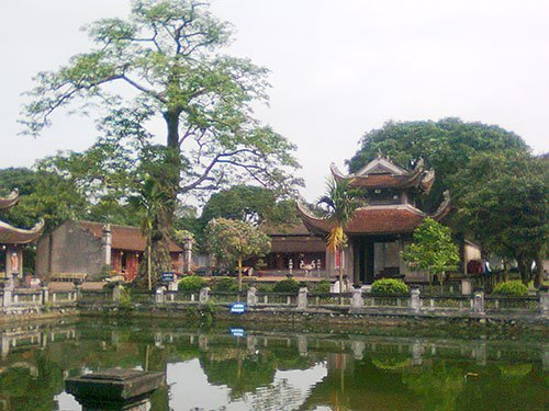 Back to Hai Duong to visit Temple of Literature