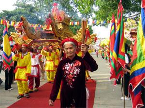 2013 Con Son-Kiep Bac festival opens