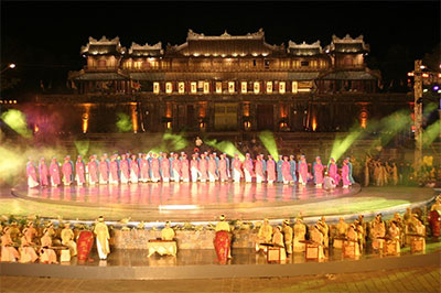 2014 Hue Festival attracts numerous tourists