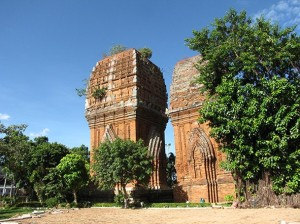A visit to twin towers in Binh Dinh