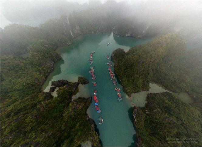 Villaggio Cong Dam dall'alto 100 metri