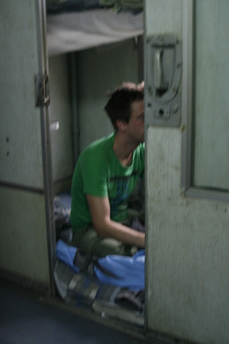 A night in a Vietnamese lowest-class train-6