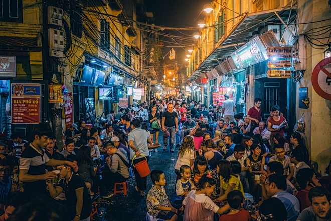The streets for foreign visitors in Vietnam-02