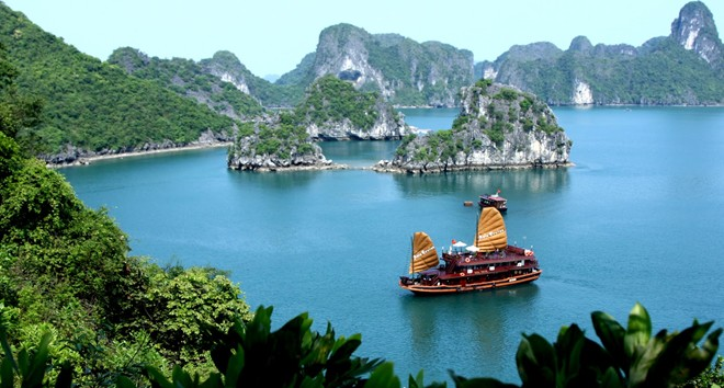 Overnight on Ha Long Bay