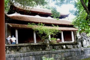 Old pagodas in Bich Dong