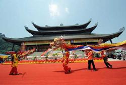 Bai Dinh, the biggest pagoda in ASEAN