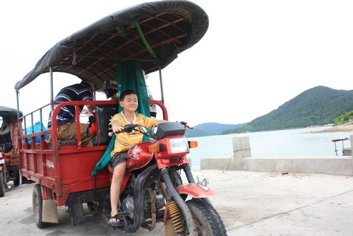 10 unique means of transport for tourists in Vietnam