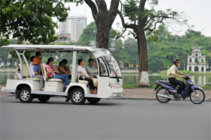 Hanoi electric buggies spark success