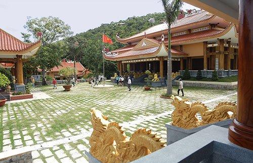 Visiting the historic guerilla base of Minh Dam