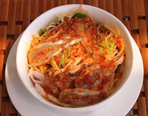 Lau tha - a simple but tasty hotpot