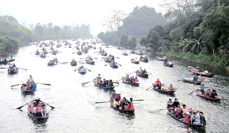 Perfume Pagoda Festival to wow visitors in 2014