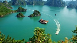 Ha Long Bay among world's top 10 Valentine's Day destinations