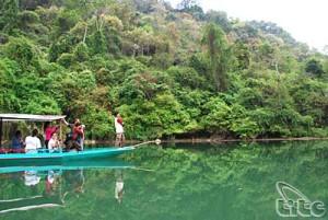 Ba Be boasts magnificent fresh water lake