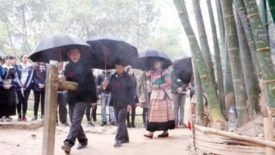 Musée d'Ethnologie reproduit traditionnelle fête de printemps