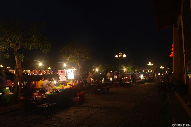 La beauté de la nuit Hoian-02
