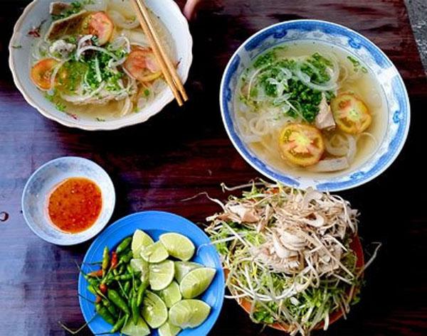Savoring special Nha Trang vermicelli soup