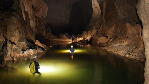 An expedition to Dark Cave in Quang Binh